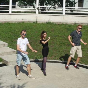 Ismét! Debreceni Egyetemi Színház zenés estje